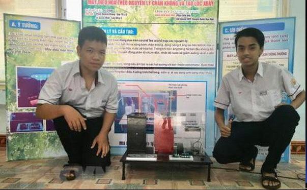 Hai học sinh lớp 11 chế tạo máy điều hòa tiên tiến, thân thiện môi trường